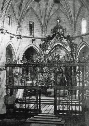 Retablo y verja de Santiago destruidos en 1936