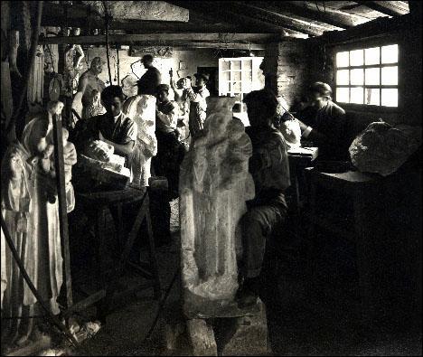 estudio del escultor Ortell ANF utilizaba en sus comienzos estudios de amigos